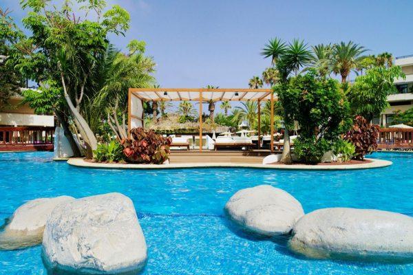 Hotel H10 Conquistador in Tenerife zwembad
